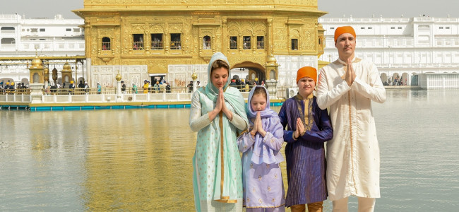 Canidian PM, gets clicked in front of Golden Temple in Amritsar in Punjab on Wednesday