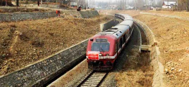 Rail services resume in Kashmir