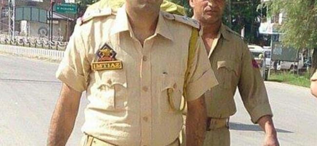 Gunmen kill police sub-inspector in Pulwama