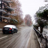 Fresh snowfall pushes up mercury in Kashmir