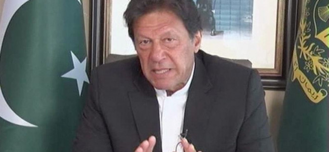 Amid tensions, Pak PM offers olive branch to India