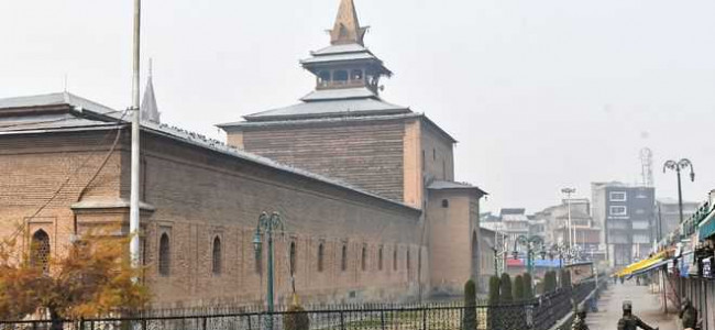Congregational prayers not offered in mosques