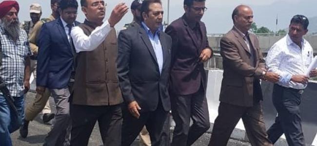 Principal Secy, Div Com visit Solina-Rambagh flyover, review construction work
