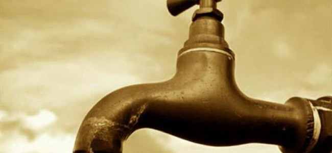 Residents of Batamaloo area protest water scarcity