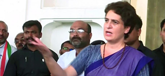 Priyanka Gandhi stopped on way to Sonbhadra, Cong says 'illegal arrest'