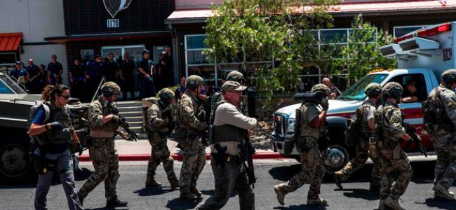 30 killed in two separate mass shootings in US