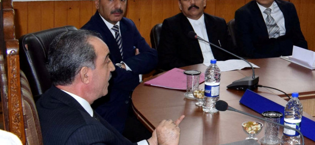 Justice Magrey conducts inspection of District Court Complex Srinagar