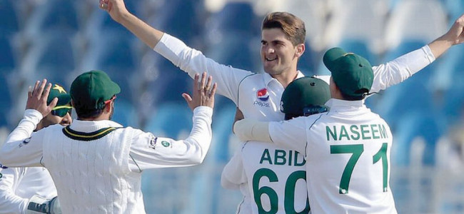 Day 01 : Shaheen delivers as Bangladesh fold for 233