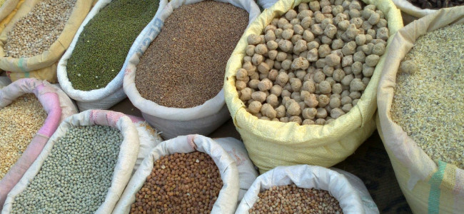 Food grains to be distributed in 16 sub-zones of Srinagar today