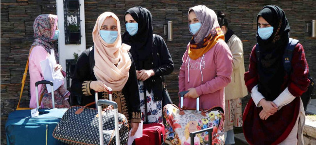 Another batch of 324 people released from quarantine facilities in Srinagar