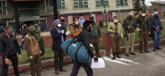 COVID-19: 236 people discharged after quarantine period in Srinagar