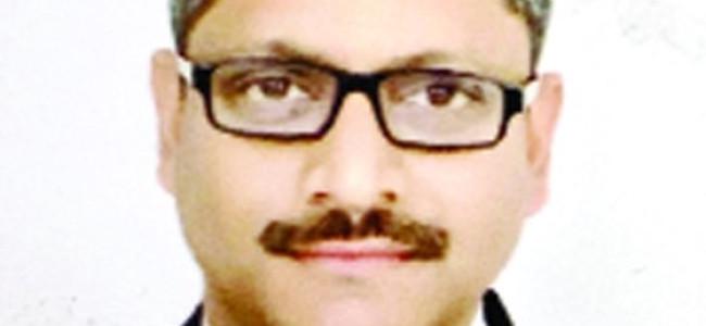 Rajnesh Oswal takes oath as J-K High Court judge